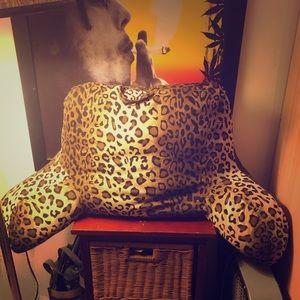 Cheetah lounge pillow